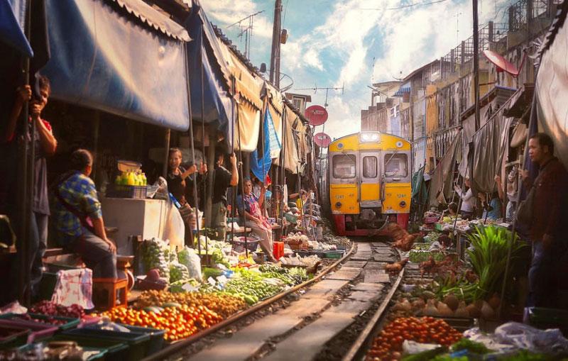 9-Maeklong-Railway-Market-via-Paul-Sarawak