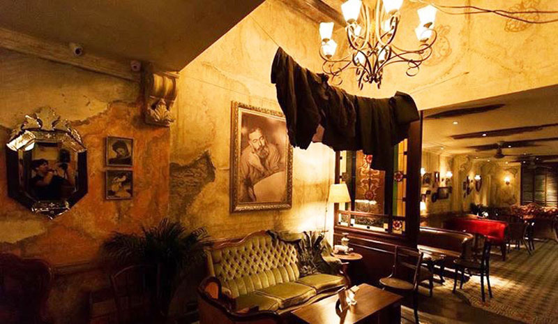12 Unique bars in Bangkok with crazy cool interiors