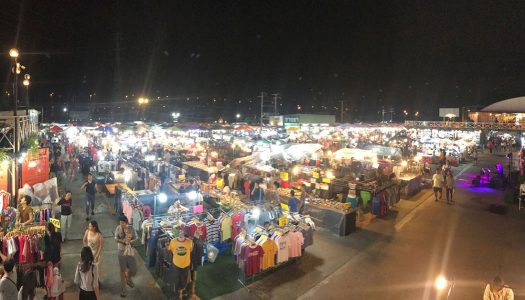 6 Reasons to shop at Sai Tai Mai Center Night Market in Bangkok
